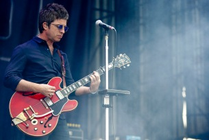 Lollapalooza 2016 Parque O´Higgins, Santiago, Chile. VTR Noel Gallagher´s High Flying Birds (Gabriel Rossi/Getty Images/Lotus Producciones)