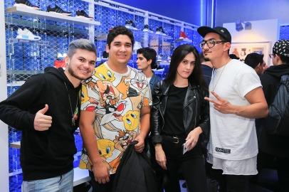 Camilo Gonzalez ,Diego Ahumada, Raquel Nievas, Sebastian Gutierrez-6483